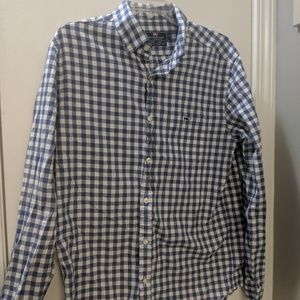 Men's medium vineyard vines button down